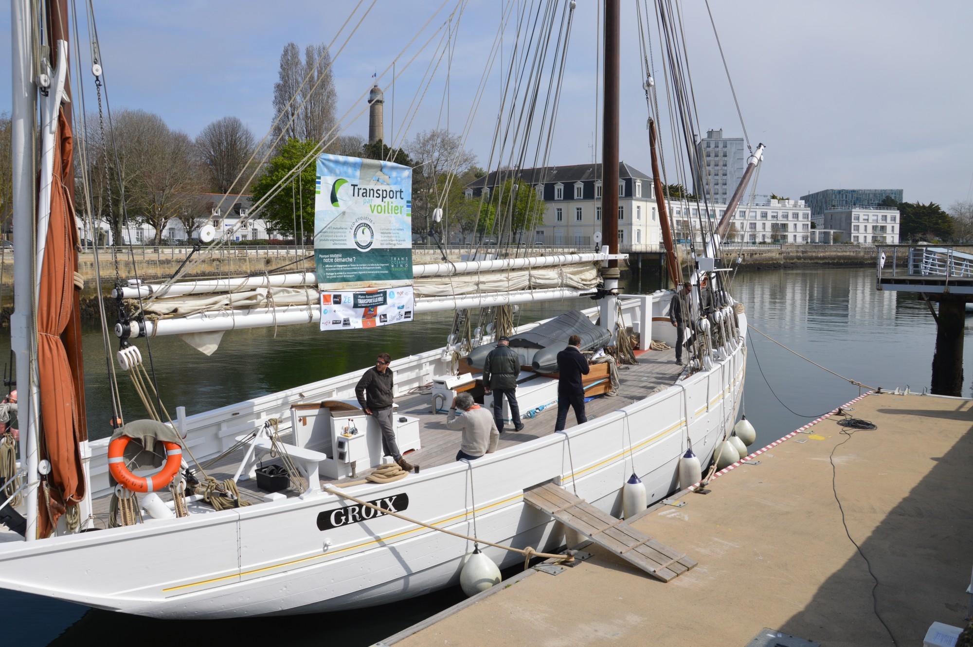 plate-forme_bretonne_transport_voile